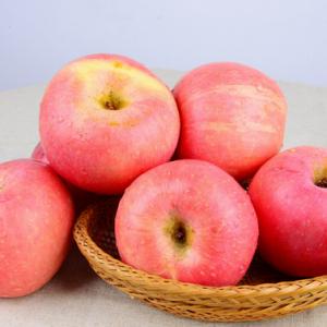 鲜榨果汁前要先去核 这些水果的果核有害健康