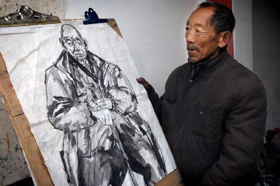 农民在美院当模特偷学画画