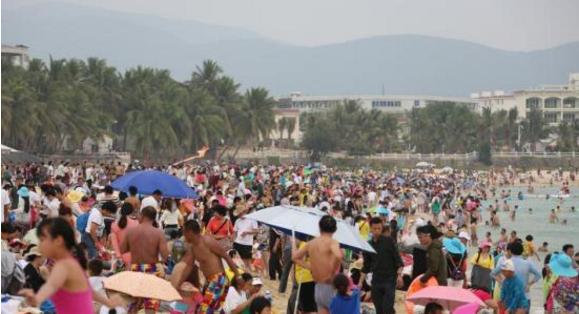 海南三亚旅游业者