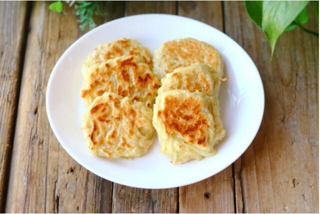 土豆丝别再炒着吃了  加个鸡蛋拌一拌当早餐最美味!