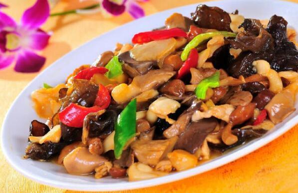 大菱鲆价格:平菇炒肉的家常做法 味道鲜美且营养