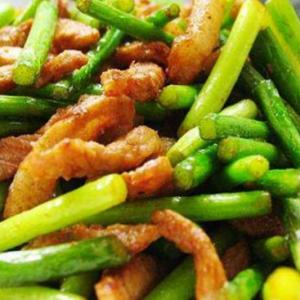 蒜苔炒肉真是又好吃做法又简单