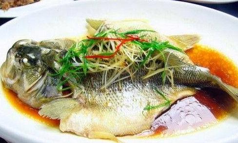 家日做清蒸松江鲈鱼邑拥有哪些步儿子与技巧