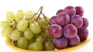 日常生活中 吃葡萄的作用和注意事项都有哪些