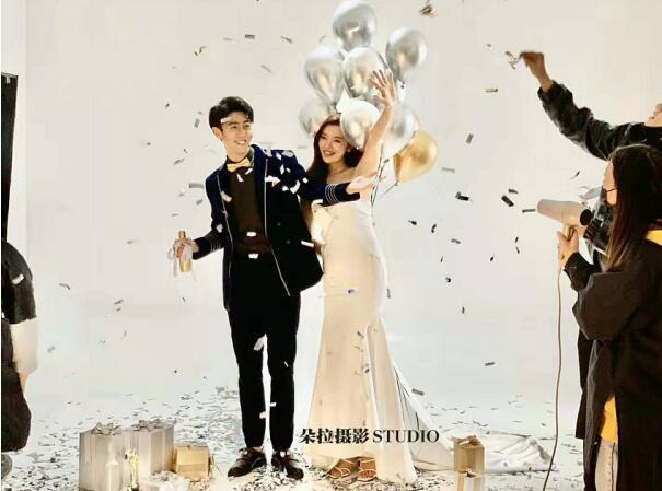 品牌风采:郑州婚纱摄影照排行哪家好【朵拉摄影】工作室排名底蕴深厚